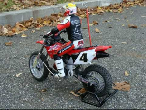 rc ricky carmichael nitro conversion part 2 youtube. Black Bedroom Furniture Sets. Home Design Ideas