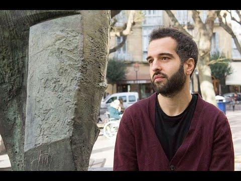 """Mikel Gurrea, zinegilea: """"Film laburrak froga zelai dira zinegileontzat"""""""