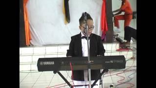 Jefri Show in Pondok Modern Selamat (bunda - melly goeslaw)