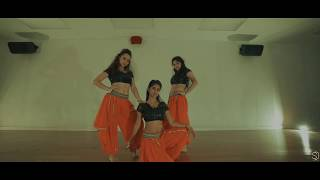 Gambar cover Ram Chahe Leela I Bhoomi Trivedi I Ishika Seth (4K)