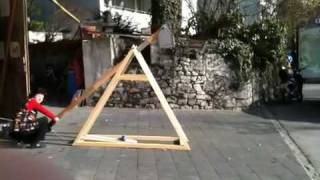 Trebuchet Throws Waterballoon Over Street