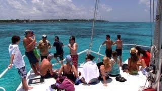 Catamaran Tour to Isla Mujeres with Exploratours
