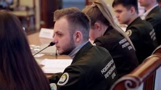 видео: Встреча заместителя губернатора Сергея Нелюбова с руководителями движения студенческих отрядов
