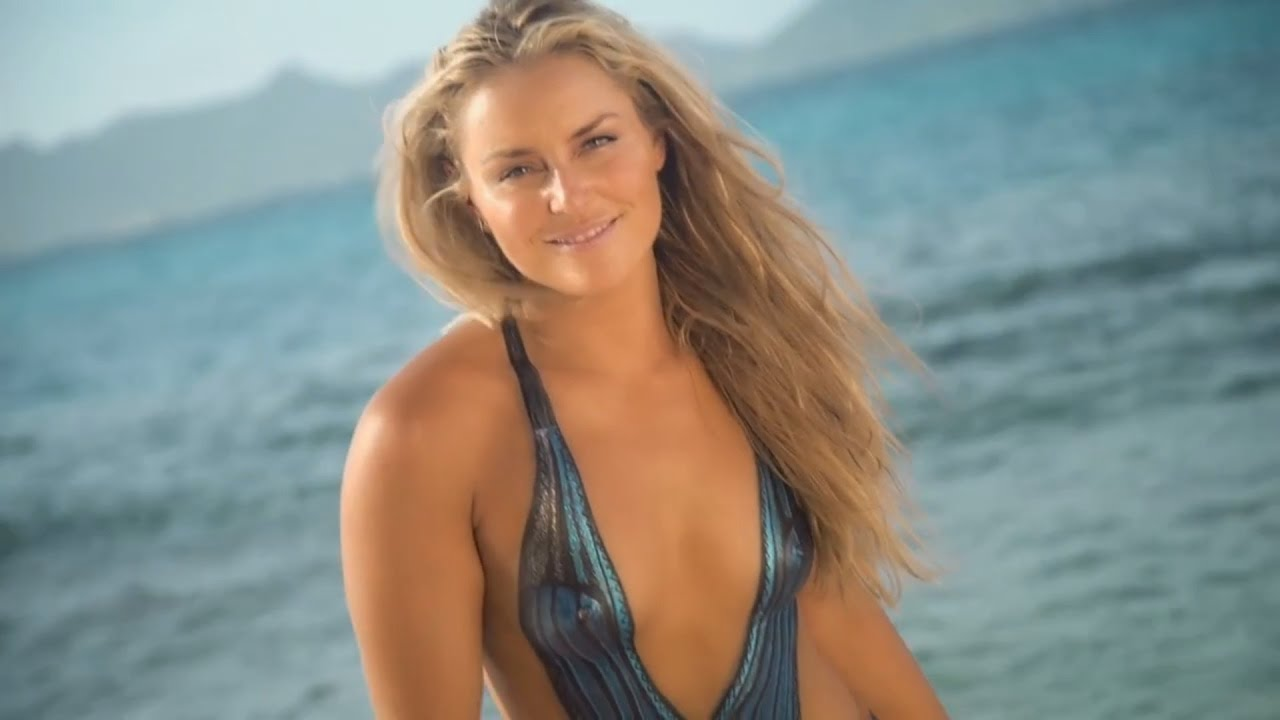 bd236a7468a47 Lindsey Vonn - Bodypainting - Sports Illustrated Swimsuit 2016 - YouTube