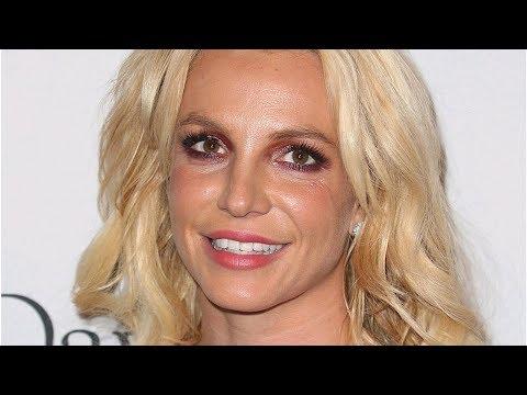 Отец силой держал Бритни Спирс в психбольнице и заставлял пить таблетки