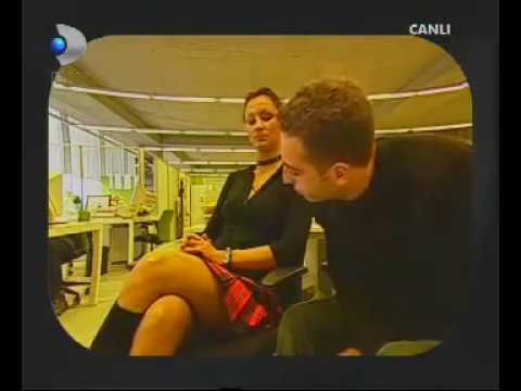 Pınar Altuğ ve off dedirten bacakları