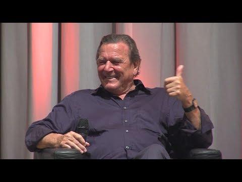"""Gerhard Schröder bei Wahlkampfauftritt: """"Über mein Leben bestimmt nicht die deutsche Presse"""""""