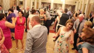 DJ CHRIS HIT THE DIFF LIVE AT MR AND MRS COX'S WEDDING