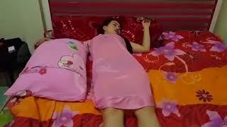 Download Video tante indonesia MP3 3GP MP4