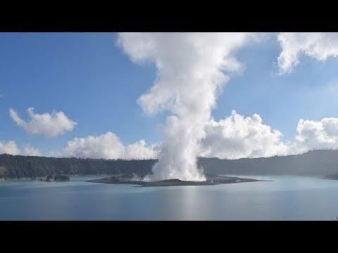 Thousands Flee Manaro Voui (Ambae) Volcano, Vanuatu - Ring Of Fire Is Lighting Up As Predicted
