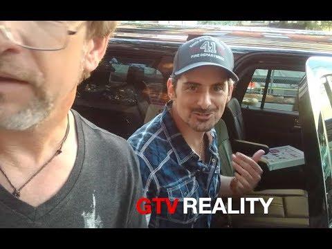 Brad Paisley says hes a germaphobe hilarious on GTV Reality