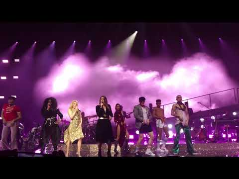 Kylie Minogue The Loco-Motion Live @Paris 2018 HD Golden Tour