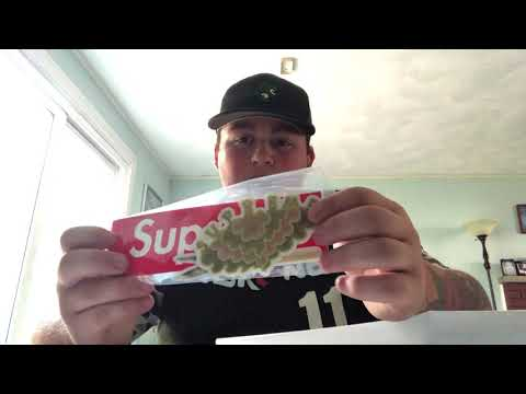Supreme SS19 Mophie Powerstation XL Qi Enabled!! SUPREME GIVEAWAY!!