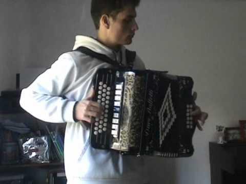 Morena Kuduro na concertina