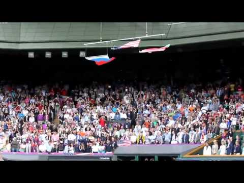 Флаг США упал на Олимпиаде-2012 в Лондоне между РФ и РБ