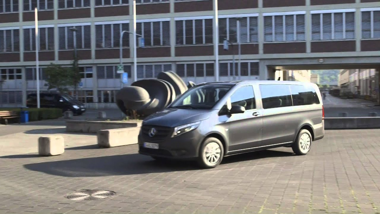 New mercedes benz vito tourer pro 114 cdi youtube for Mercedes benz vito tourer
