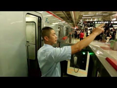 Beijing Subway's Average Daily Ridership Surpasses 10 Million