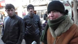 """8-ci kilometr bazarının satıcıları: """"Evə 50 qəpik çörək pulu apara bilmirəm"""""""