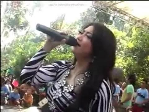 Irma Permatasari - Musibah - Monata Live Irmis Sukolilo ..BIKIN NANGISS
