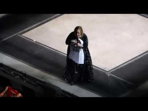6/7 Adele - Chasing Pavements + Someone Like You @ Verizon Center, Washington, DC 10/10/16