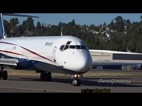 Former Spanair McDonnell Douglas MD-83 Now Turned Freighter Leaves Seattle