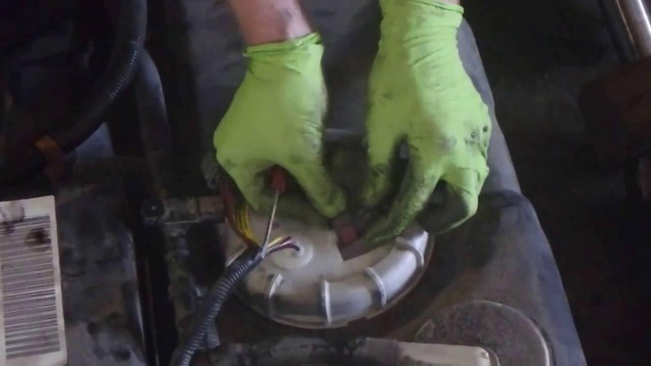 2004 Lincoln Navigator Fuel Pump