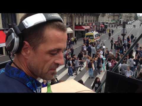 Bob Maxwell @ Techno Parade 2015 (Le Char Breton)