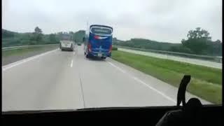 Download Video Bus Putra Luragung Wulan tempel bus pariwisata MP3 3GP MP4
