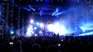 Chemical Brothers - Escape Velocity -Live @ Ultra Music Festival 2011