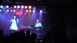 Chia with 鈴木よしひさ Live at SoulDyna, 2014/7/31.