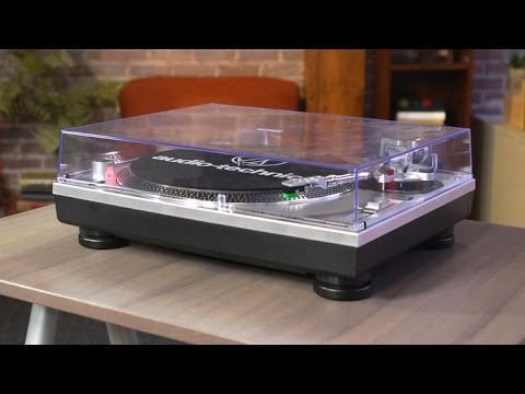 audio-technica-lp120-usb-is-an-affordable-turntable-with-all-the-essential-features