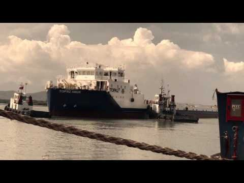 Crew change by crew boat on oil field