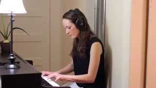 Claire plays the Halo Theme/One Final Effort