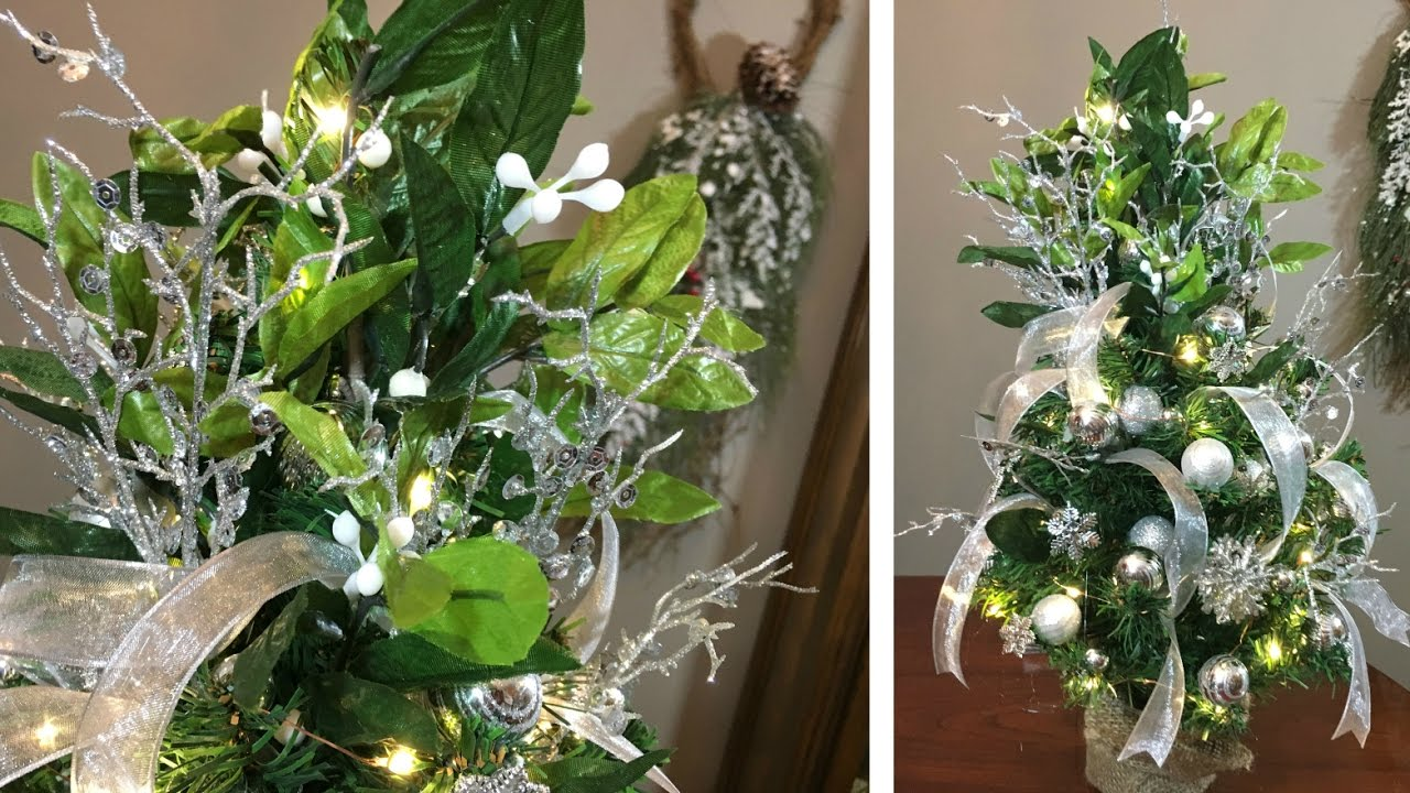 mini mistletoe christmas tree how to decorate a mini tree youtube - Mistletoe Christmas