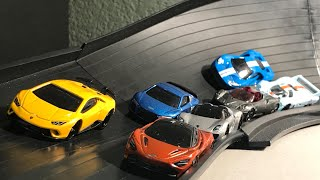 HOT WHEELS SUPER CAR SUPER CURVE CRASH RACE! EPIC BATTLES AND DRIFTS!