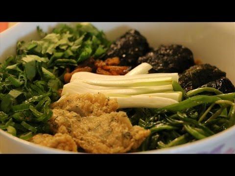 Cách nấu Bánh Đa Cua ngon   BẾP VIỆT 24