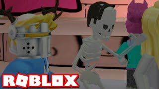 I should have never played Roblox comedy club