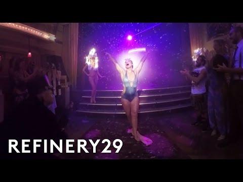 Virtual Reality Tour Of NYC Cabaret Club Performances | VR29 Studios | Refinery29