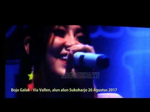 BOJO GALAK VIA VALLEN Live Alun Alun Sukoharjo 26 Agustus 2017