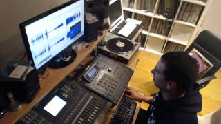 Phil Weeks Making a Beat Live on MPC3000 (Full Uncut)