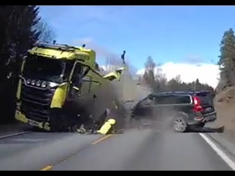 Volvo XC70-Volvo's excellent safety proved in the crash - YouTube