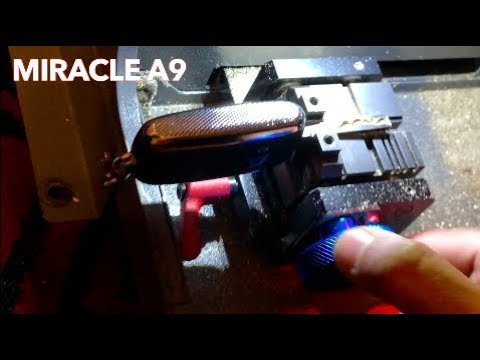 Cutting a Car Key in the Miracle A9 Machine!