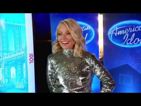 Kelly Ripa Auditions for  American Idol