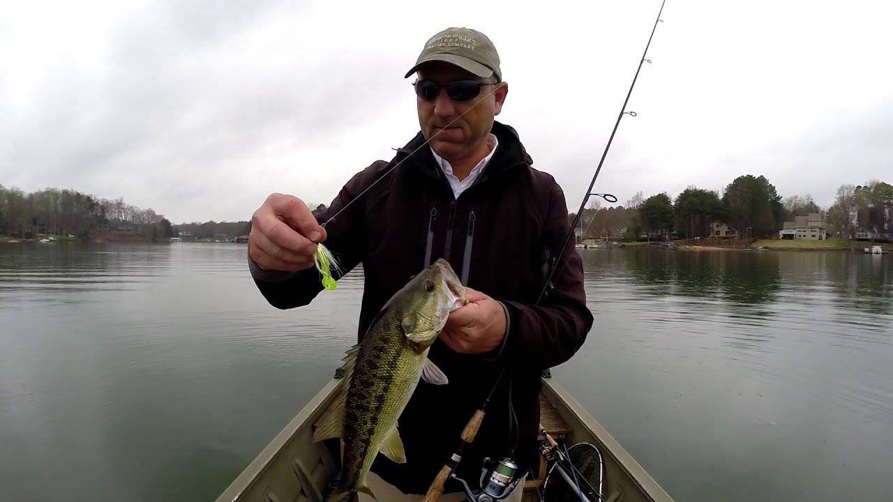 1bellcurve vidmoon for Bass fishing in the rain