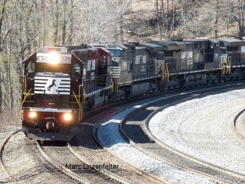 NS 961 at Horseshoe Curve! A LOUD 507 at HSC!
