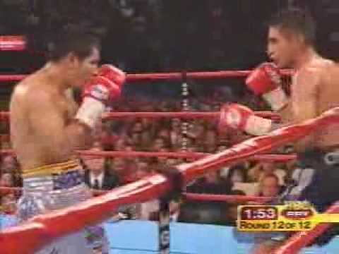 Morales vs Barrera..The best round of the trilogy.!!
