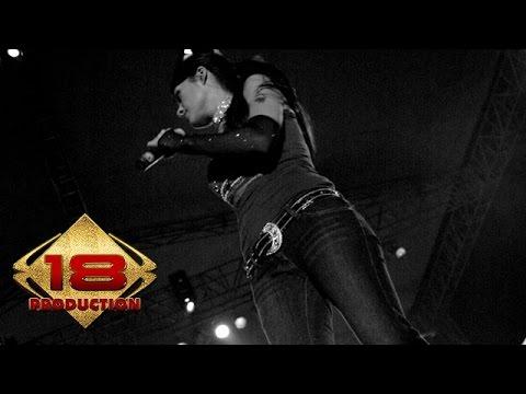 TOFU - Cinta Semu (Live Konser Sawahlunto Sumatera Barat  23 Juli 2006)
