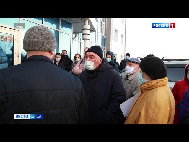 Мэрия Барнаула отозвала разрешение на строительство многоквартирного дома между жилыми высотками