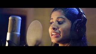 നിലാവിന്റെ നീല ഭസ്മക്കുറി അണിഞ്ഞവളേ..Nilavinte Neela Bhasma..| Cover Song By Sradha Prasannan