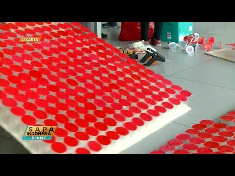 Buat Bendera dari Gelas Plastik, Kampus UBM Raih Rekor MURI